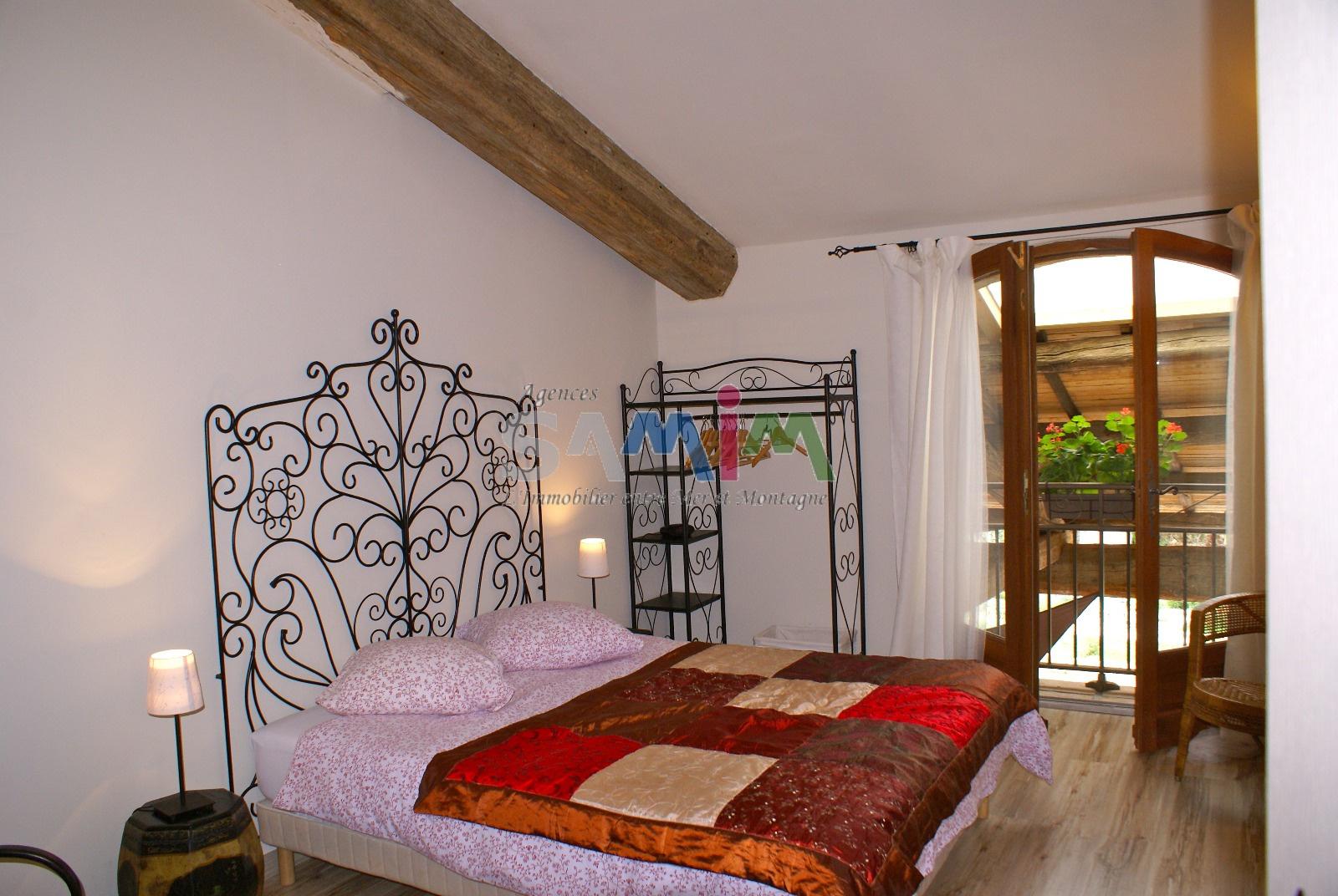#BA2810 A VENDRE  BELLE DEMEURE Ou CHAMBRE D'HÔTES PETITE  2349 petite chambre belle 1600x1072 px @ aertt.com
